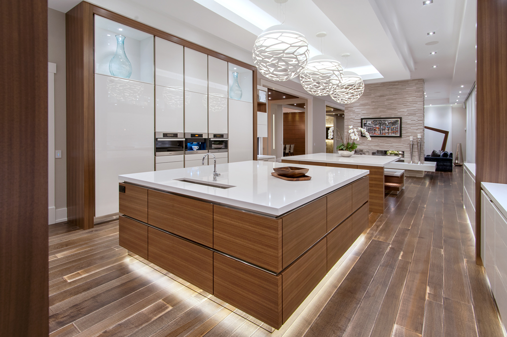 Not one specific style will qualify a kitchen as luxury there are many elements of a luxury kitchen most modern homes today that are expensive must have a